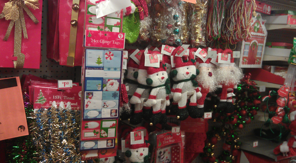 then i saw the aisle of christmas decorations - Family Dollar Christmas Decorations