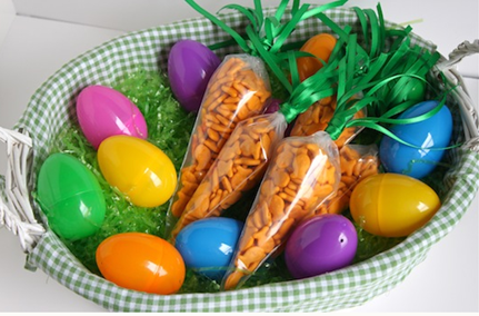 Cute & Easy DIY Easter Basket Carrots!
