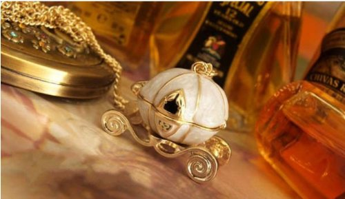 Cinderella Carriage Necklace Just $1.59 + FREE Shipping!
