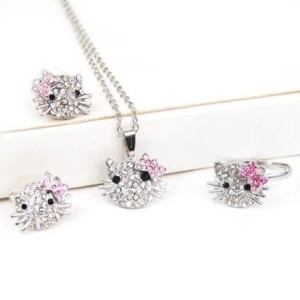 Hello Kitty Crystal Jewelry Set Just $2.59 SHIPPED!