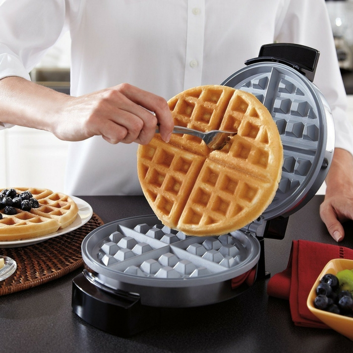 Oster Ceramic Belgian Waffle Maker Just $15.99! Down From $27!