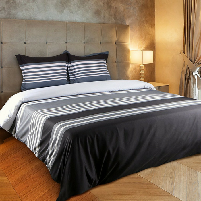 King-Sized Striped Duvet Cover Set Just $17.99! Down From $60!