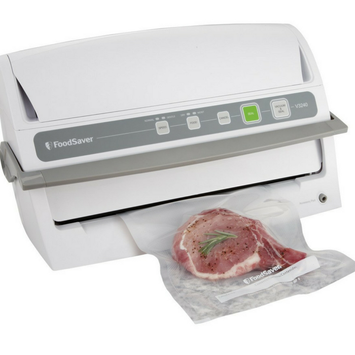 FoodSaver Vacuum Sealing System Just $71.30! Down From $133! PLUS FREE Shipping!