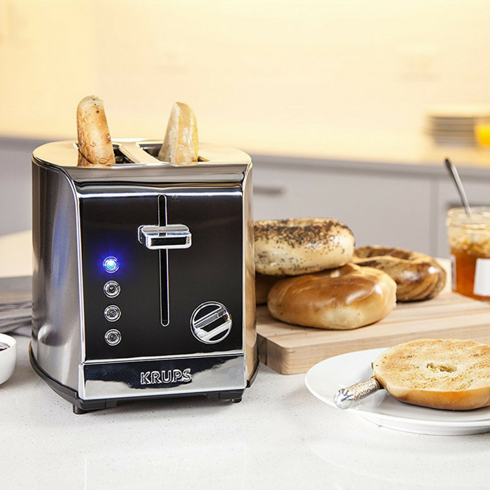 Two-Slice Toaster Just $32.99! Down From $68! PLUS FREE Shipping!
