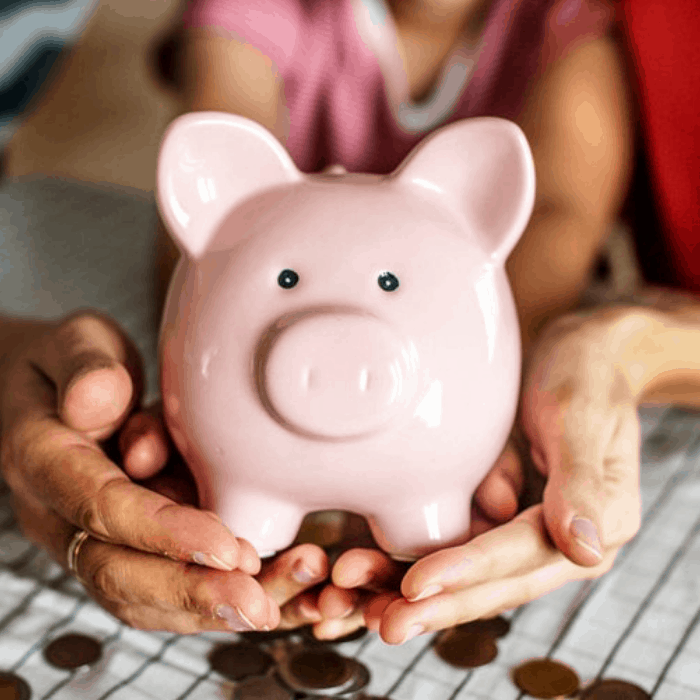 Did you just pile up a ton of holiday debt?  Paying off debt can be daunting. However with a great budget planner & these tips you'll be out of debt in no time.