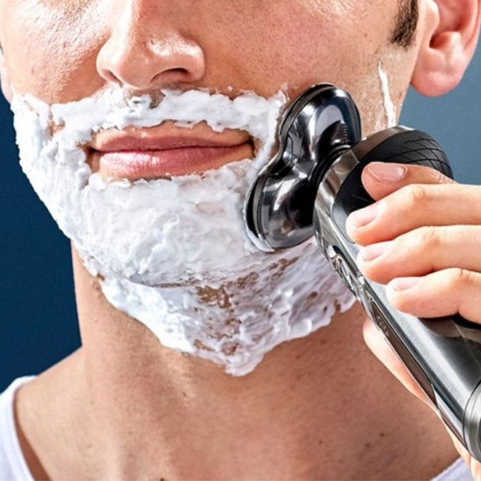 Prepare Faster And Look Better Every Morning With The Philips Norelco S9000 Prestige Qi-Charge Electric Shaver!