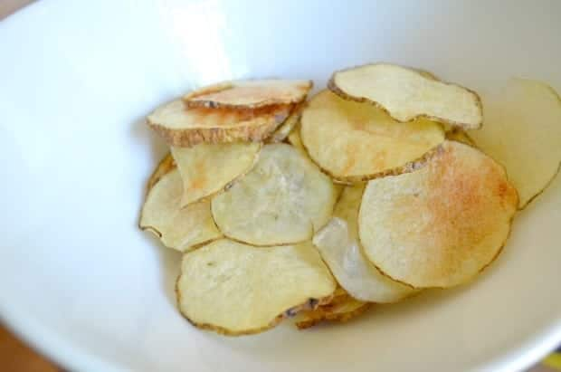 Make Your Own Homemade Healthy Potato Chips in the Microwave