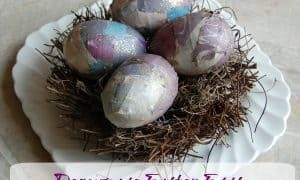 Easter Egg Decorating Idea | Decoupage Easter Eggs!