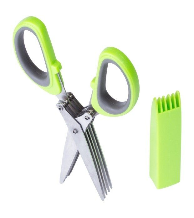 Dynamic Cook 5 Blade Culinary Herb Scissors Just $9.37! (reg. $14.99)