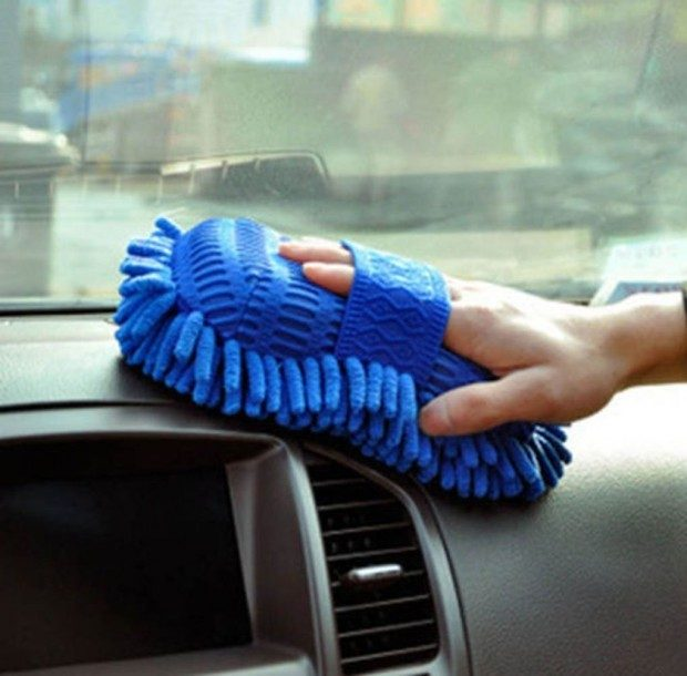Chenille Microfiber Premium Scratch-Free Wash Mitt Just $3.30 + FREE Shipping!