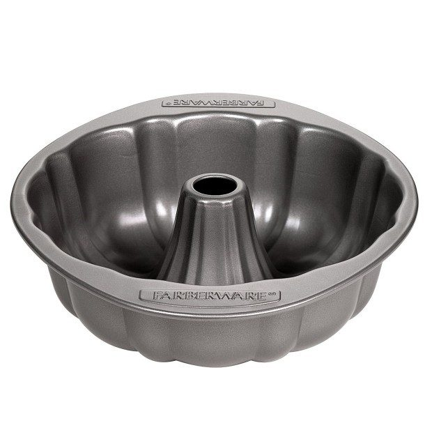 Farberware Nonstick Bakeware 10-Inch Fluted Mold Just $6.53!