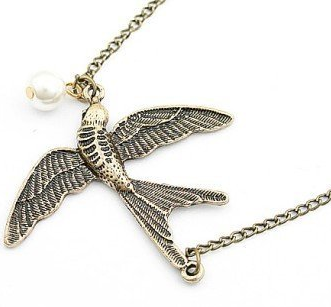 Retro Sparrow Pearl Necklace