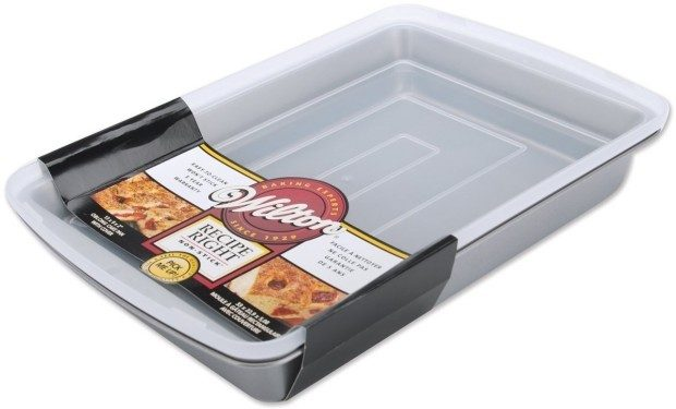 Wilton Recipe Right 13x9 Oblong Pan with Cover Just $5.85!