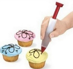 Cake Decorating Pen Just $2.61 SHIPPED!