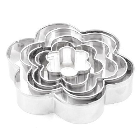 Flower Shape Pastry Biscuit Cookie Cutter 5 Pieces Just $4.93!  Ships FREE!