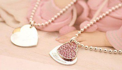 crystal shiny heart necklace