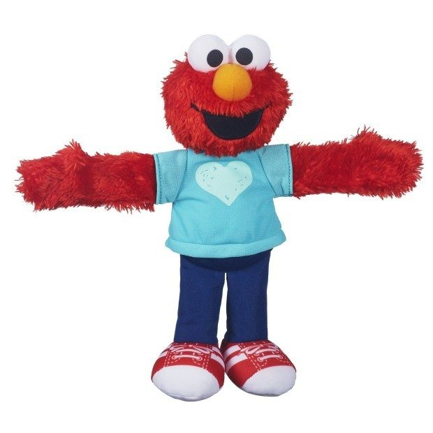Sesame Street Elmo Hugs Forever Friends Figure Just $4.72! (Reg. $12.99!)
