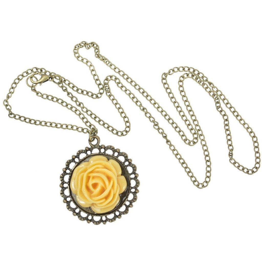 Vintage Flower Necklace Just $2.99 SHIPPED!