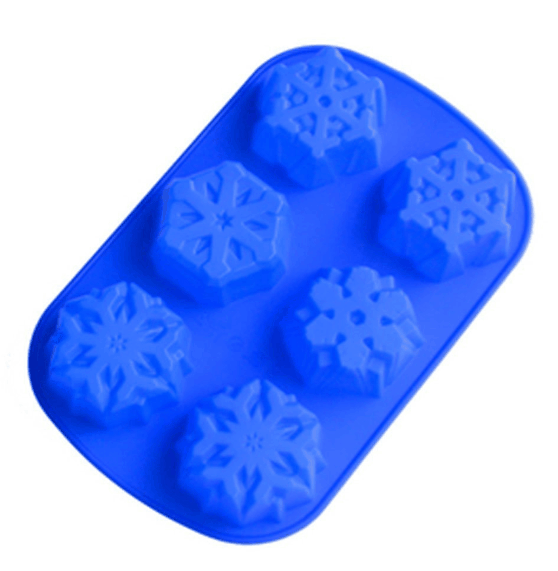 Snowflake 6-Cavity Cake Mold Pan Just $5.58 + FREE Shipping!